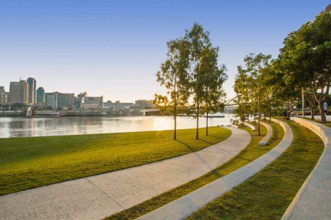 South Bank River Quay Green